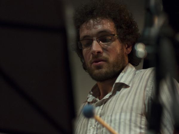 Mauricio, Músico Banda
