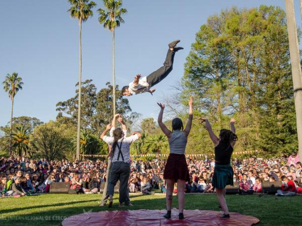 Actuación 2016 Jardín Botánico Colectivo Sinestesia